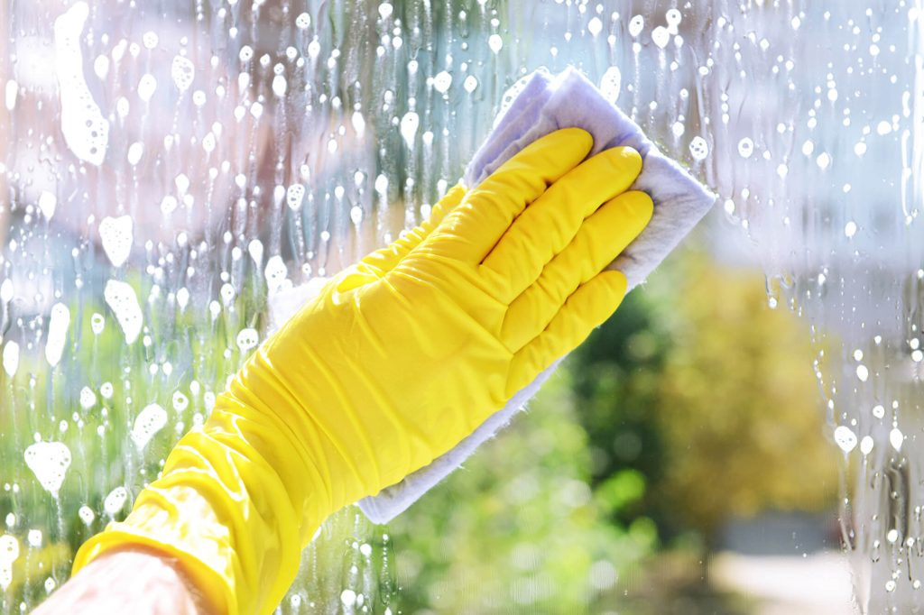 How to Maintain Your Tinted Home Windows | Instant Windscreens
