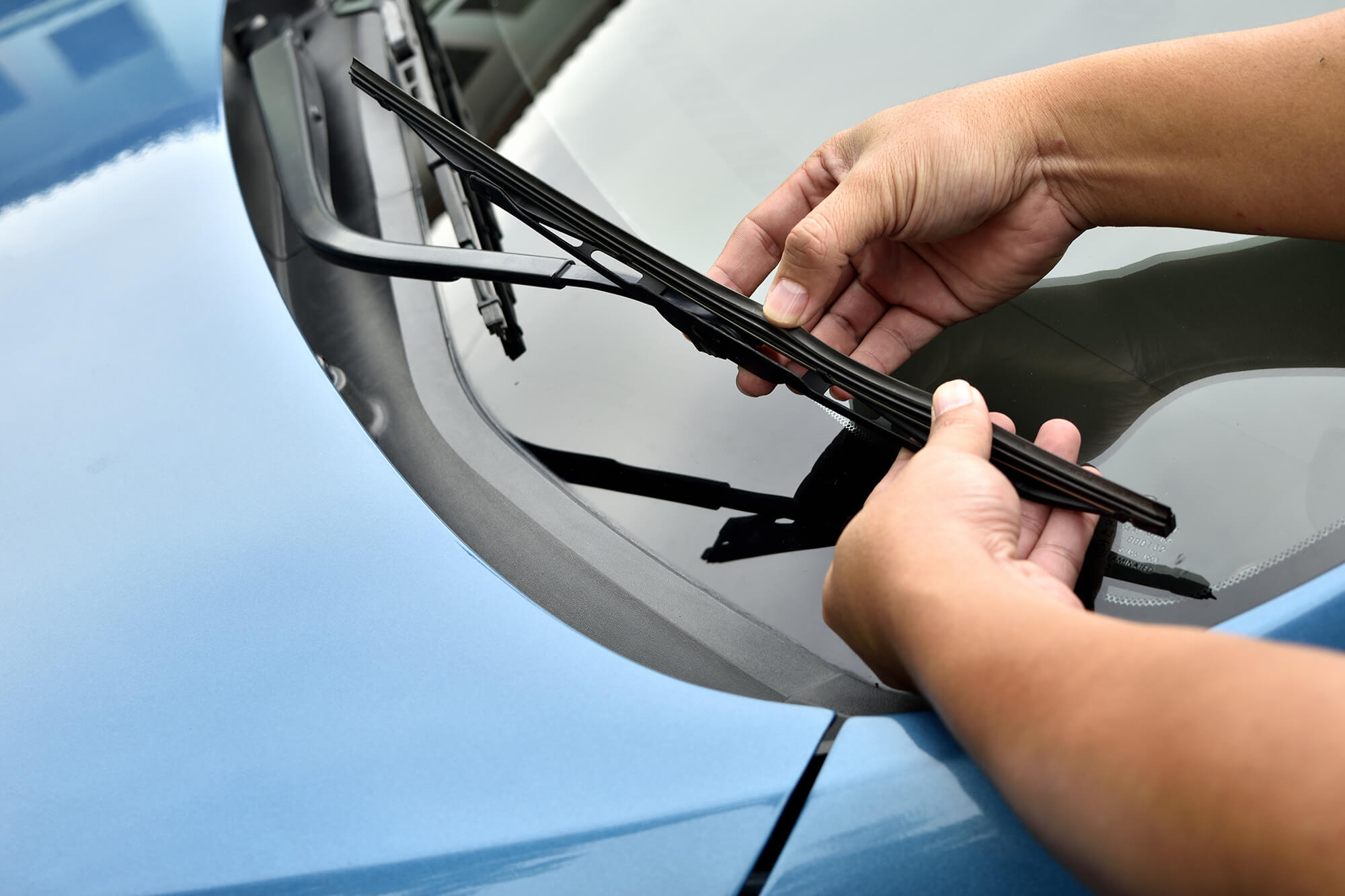 When and How to Replace Your Windscreen Wipers | Instant Windscreens