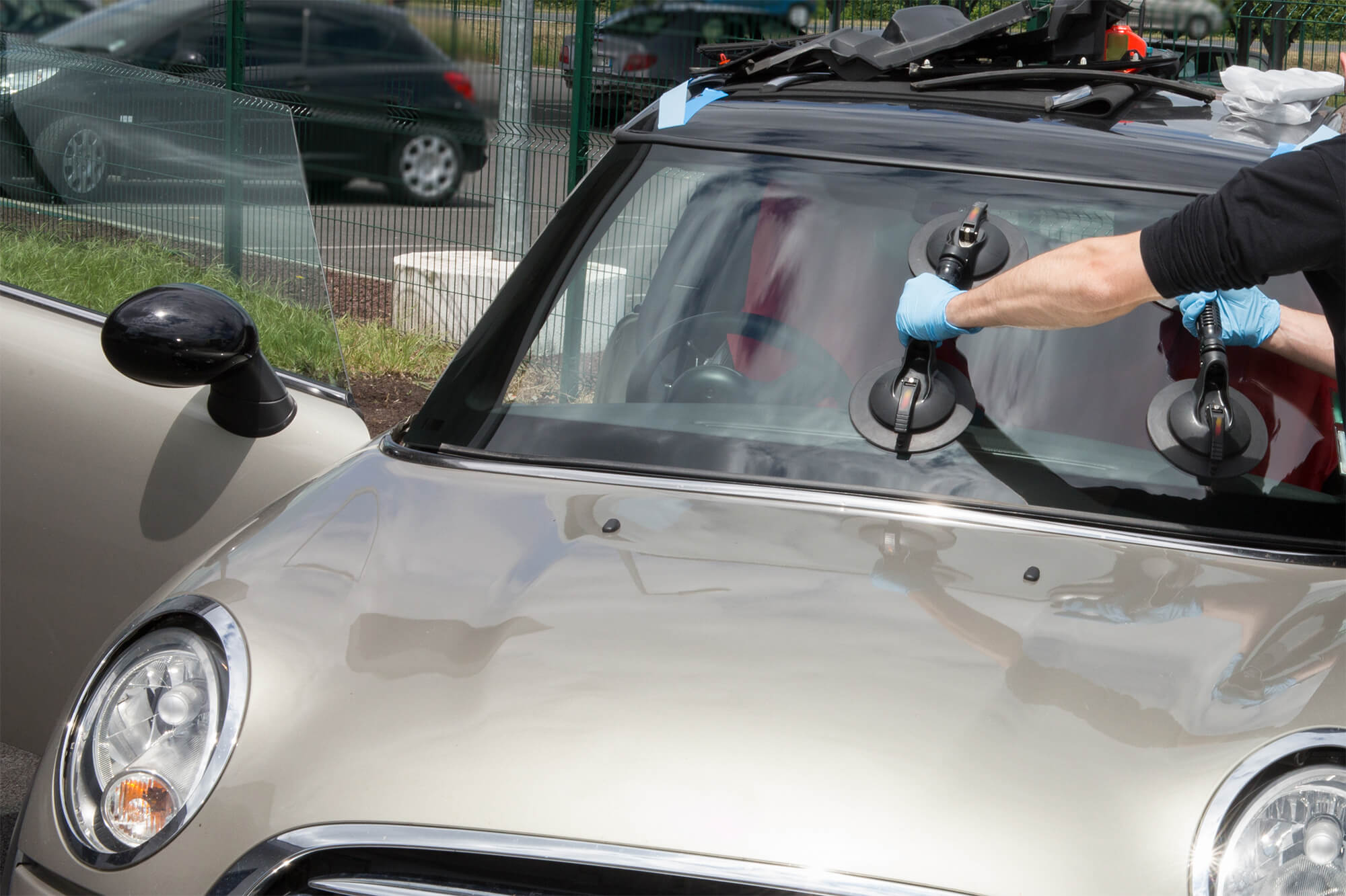 3 Great Benefits of Mobile Windscreen Replacement | Instant Windscreens