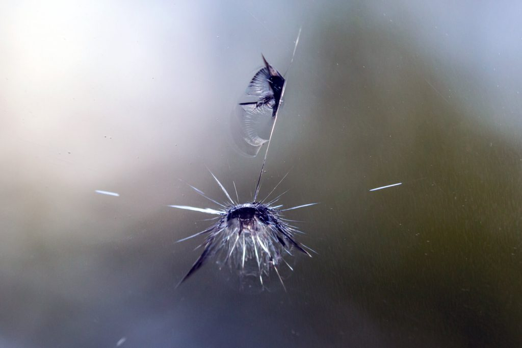 Why Windscreen Chip Repair Doesnt Always Work | Instant Windscreens